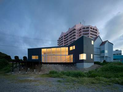 Nippon Ocean-Front  Abodes