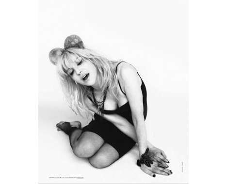 15 Courtney Love Captures