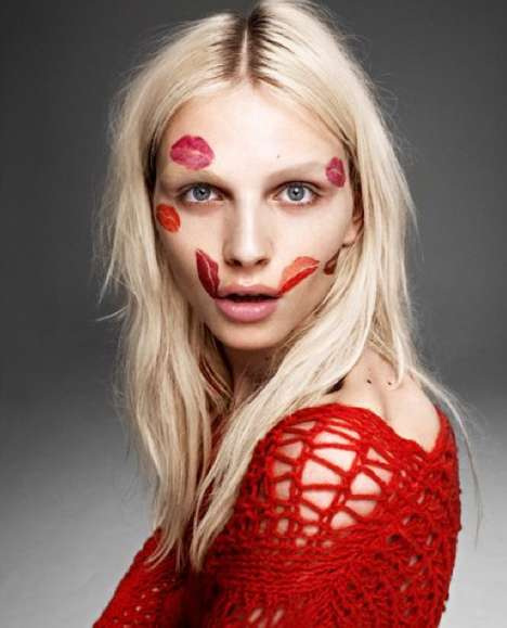 Lipstick-Clad Androgynous Shots