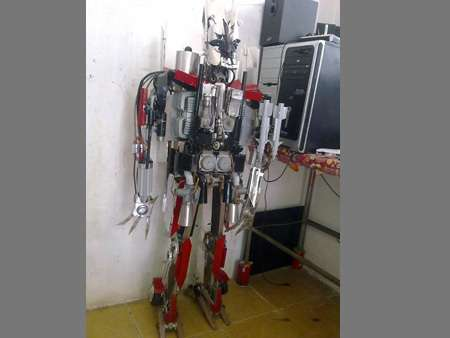 Jet-Transforming Robots - This Homemade Transformer is a Complex and Striking Prototype