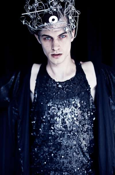 Eccentrically Androgynous Editorials