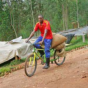 The Project Rwanda 'Coffee-Bike' Offers Farmers Affordable Transports