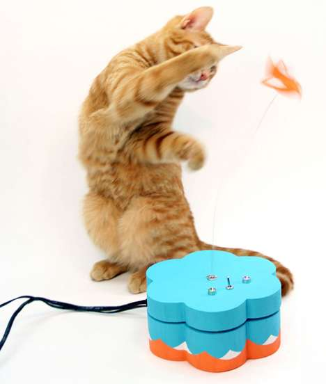 Social Media Cat Toys - The 'Kitty Twitty' Tweets You When Your Feline Plays