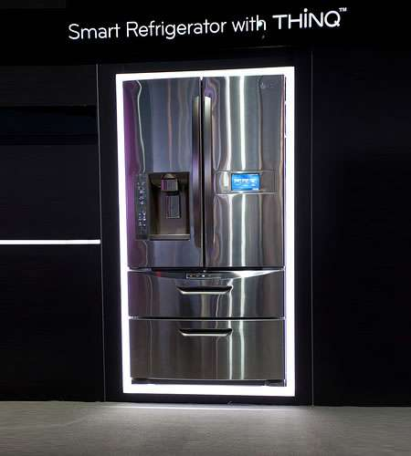 The New Smart ThinQ Fridge Debuted at CES 2012