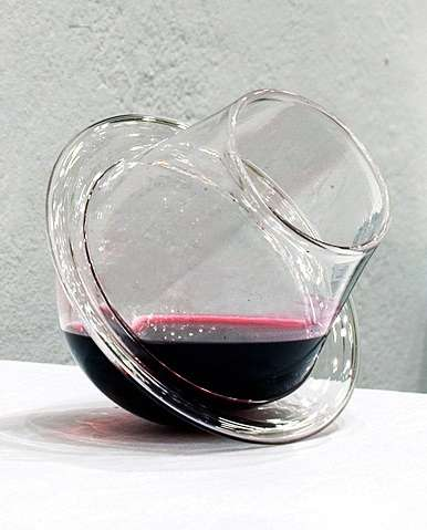 Spill-Free Stemless Sippers - The Fragile Studios 'Saturn Wine Glasses' Prevents Imbibing Accidents