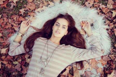 Gypsy-Inspired Lookbooks - The Lilya Autumn/Winter Captures are Free-Spirited