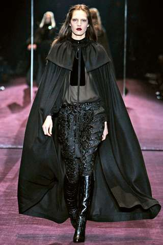 Vampire-Slaying Catwalks - The Gucci FW 2012 Collection Enhances a Forceful Ideal of Femininity