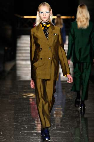 Mod Menswear-Inspired Runways