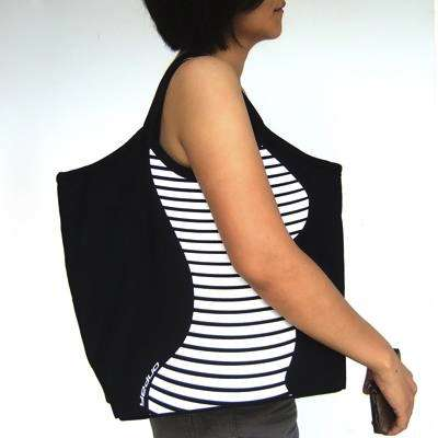 The Contour Canvas Bag by Molla Space is Slimming