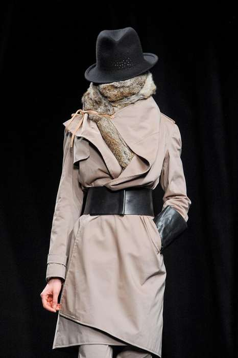 Faceless Model Runways - The A.F. Vandevorst FW 2012 Collection Features Huge Scarves and Hats