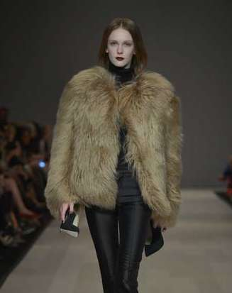 The Pink Tartan FW 2012 Collection Boasts Bossy Looks for Forward Women