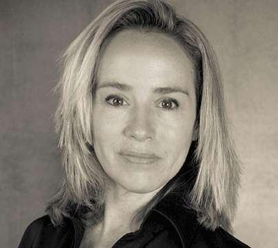 Lisa Kristine Keynote Speaker