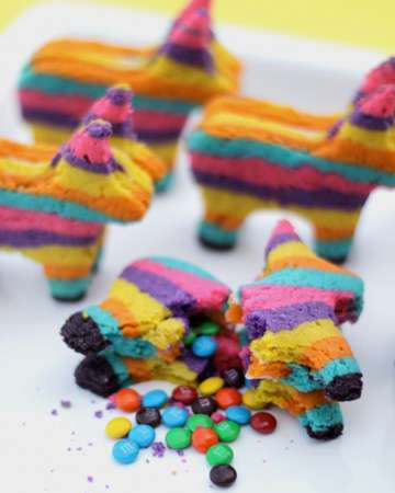 These Pinata Sugar Cookies Deliver a Stunning Sweet Surprise
