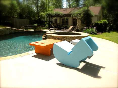 'Float' by Shiner is the Perfect Outdoor Recliner