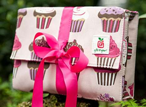 'Gift It Green' Makes Funky Eco-Friendly Gift Wrapping
