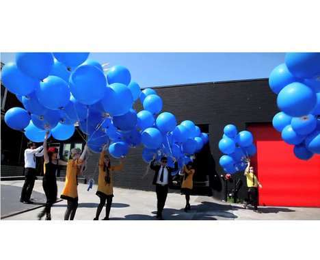 38 Balloon-Filled Photoshoots