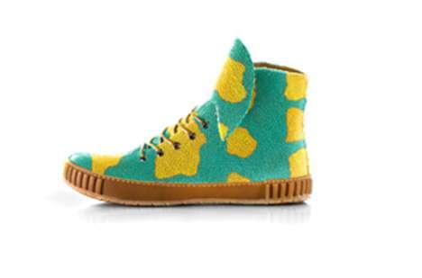 Customizable Stingray Sneakers