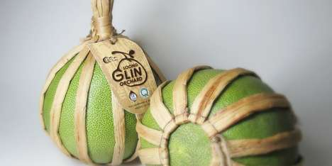 Straw-Strung Wrappers - This Thai Pomelo Packaging Puts a Pesky Plant to Good Use