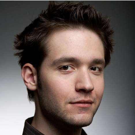 Alexis Ohanian Talks About the Internet in this Digital Humanitarian Keynote