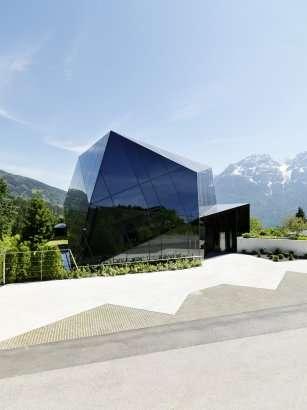 Reflective Mountainside Residences