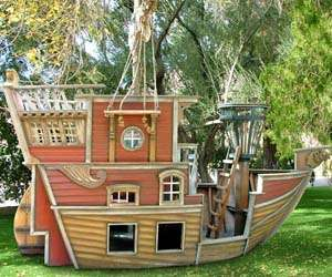 Pirate Sailboat Toy Houses