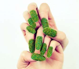 Artist Marlene Vinha Creates Eye-Catching Nail Designs