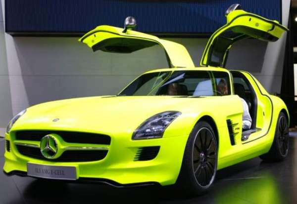 68 Seductive Sports Cars