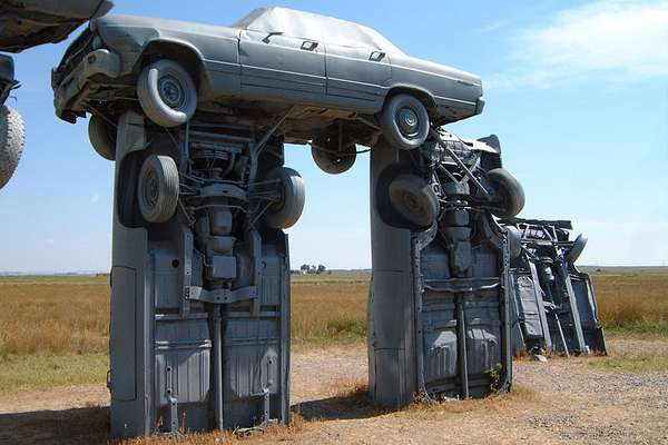 15 Striking Stonehenge Creations