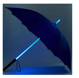 The Star Wars Style LED Umbrella by INFMETRY Looks Like a Lightsaber