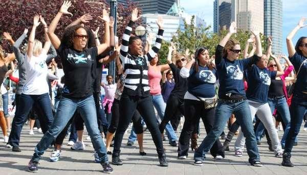 55 Impromptu Flash Mobs