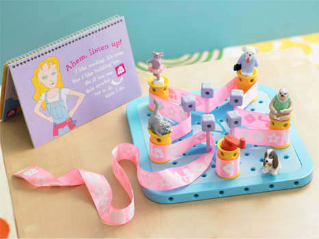Female Technician Teaching Toys - The GoldieBlox Construction Toy Introduces Girls to Mechanics