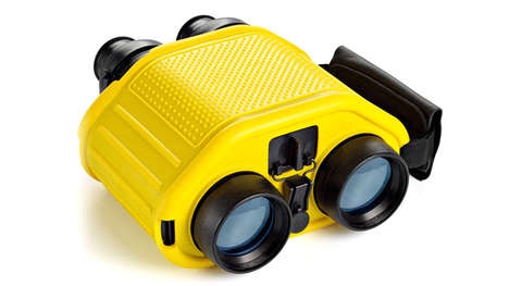 The STEDI-EYE Mariner Binoculars Compensate for Shaky Hands