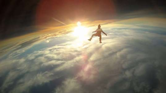 22 Surreal Skydiving Stunts