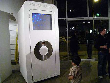 Porta-Party iPods