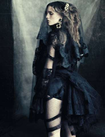 Gothic Opulence Editorials