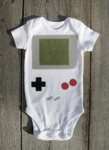 Retro Gamer Jumpers - The Nintendo Gameboy Baby Clothes are Adorable and Dorky