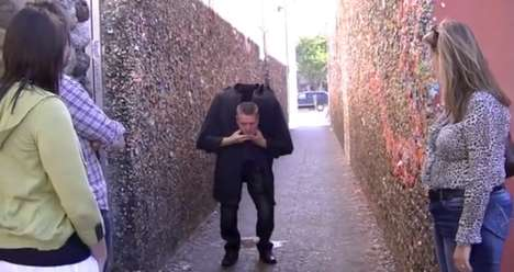 Headless Halloween Pranks - Rich Ferguson Performs a Scary Head Drop Illusion to Strangers
