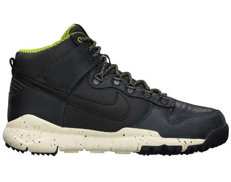 The Nike Dunk Hi Winter Boots Look Good Trudging Through Snow