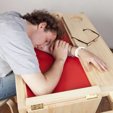 Built-In Hammock Desks