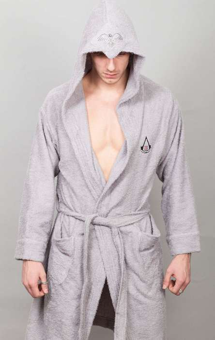 Hired Hitman Housecoats - The Eagle Peak Bathrobe Will Make You Feel Like You're an Assassin