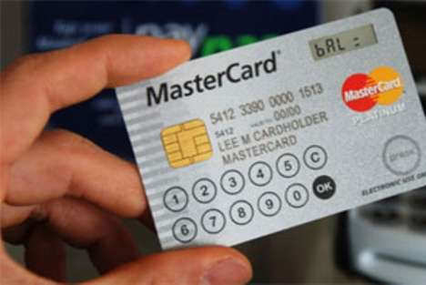 Touchscreen Credit Cards - The MasterCard Display Card Allows People to Create One-Time Passwords