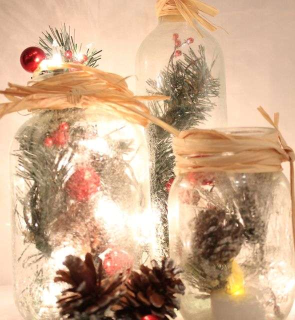 Frosted Holiday Mason Jars
