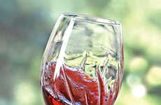 Decanting Drink Goblets - The Aerating Wine Glass Enhances Flavor by Simply Swirling