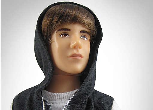 23 Justin Bieber Paraphernalia Items