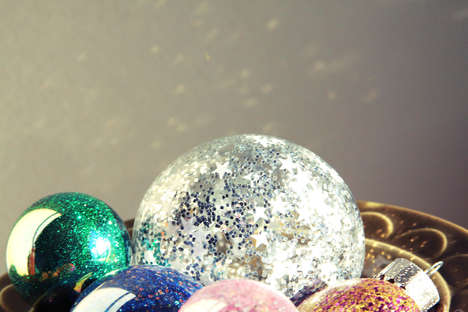 DIY Sparkling Tree Bulbs