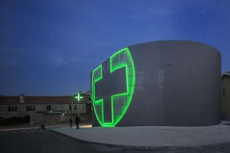 Futuristic Drug Stores - The Lordelo Pharmacy Boasts a Bright Green Beacon
