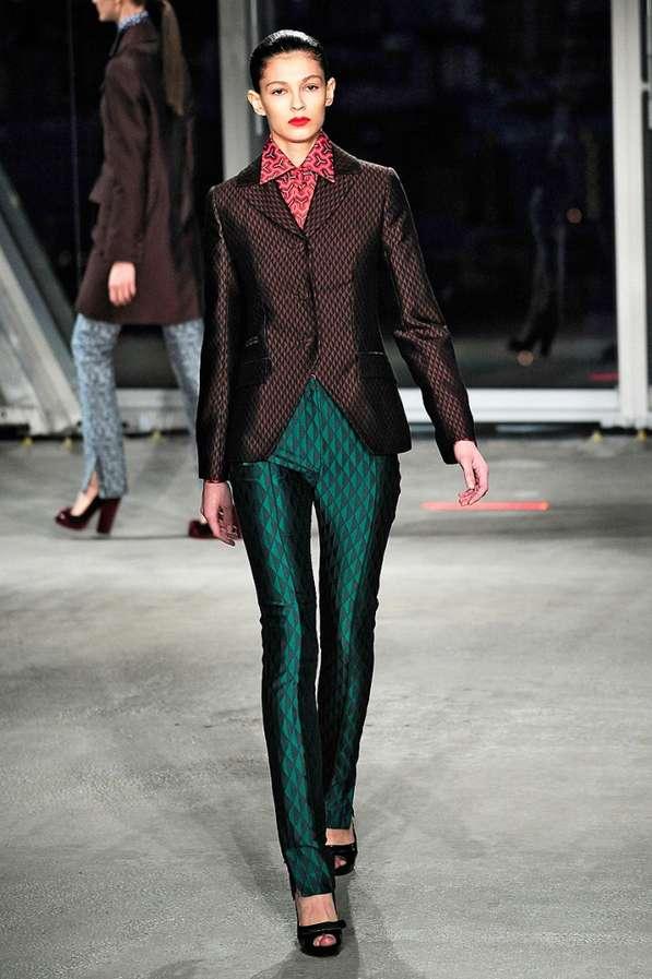 17 Sensational Jonathan Saunders Designs