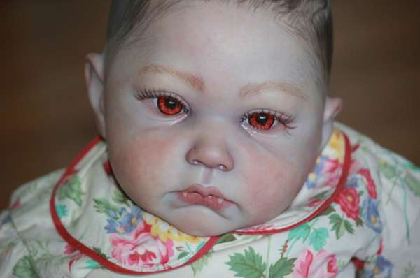 12 Unsettling Realistic Dolls