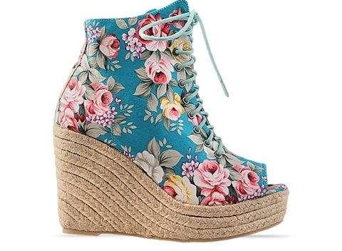 25 Flowery Footwear Kicks
