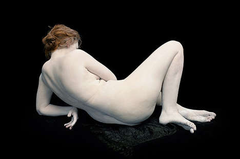 Airbrush-Protesting Portraits - Bodies. 6 Women, 1 Man by Nadav Kander Captures Human Imperfections